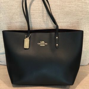 NWT Coach Leather Tote